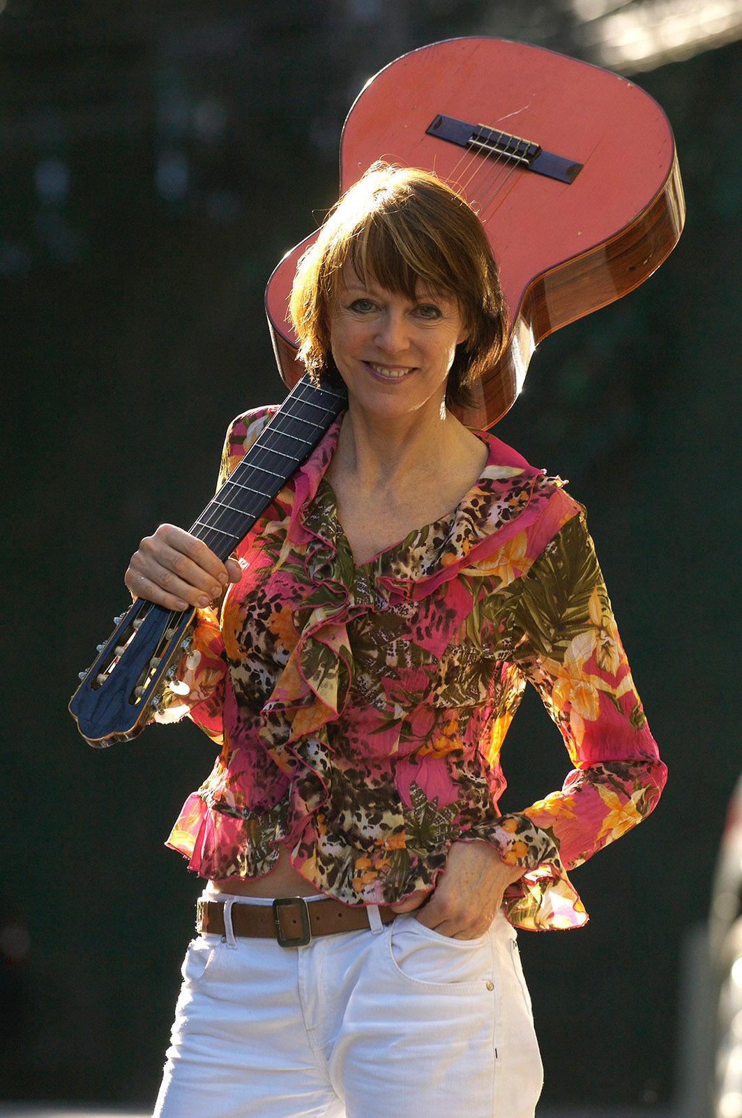 Josee Koning, singer