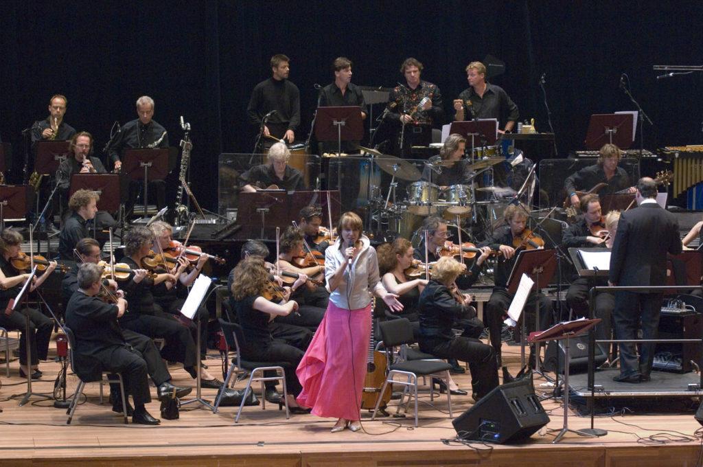 Jobim Sinfonico, Philharmonie Haarlem: Metropole Orkest, Josee, Paulo Jobim, Mario Adnet